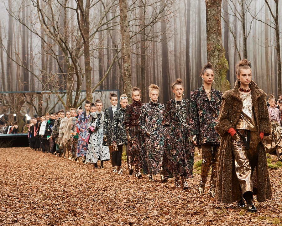 FW_2018_19RTW_FW_2018_19RTW_Finale_picture_by_Olivier_Saillant_001-1