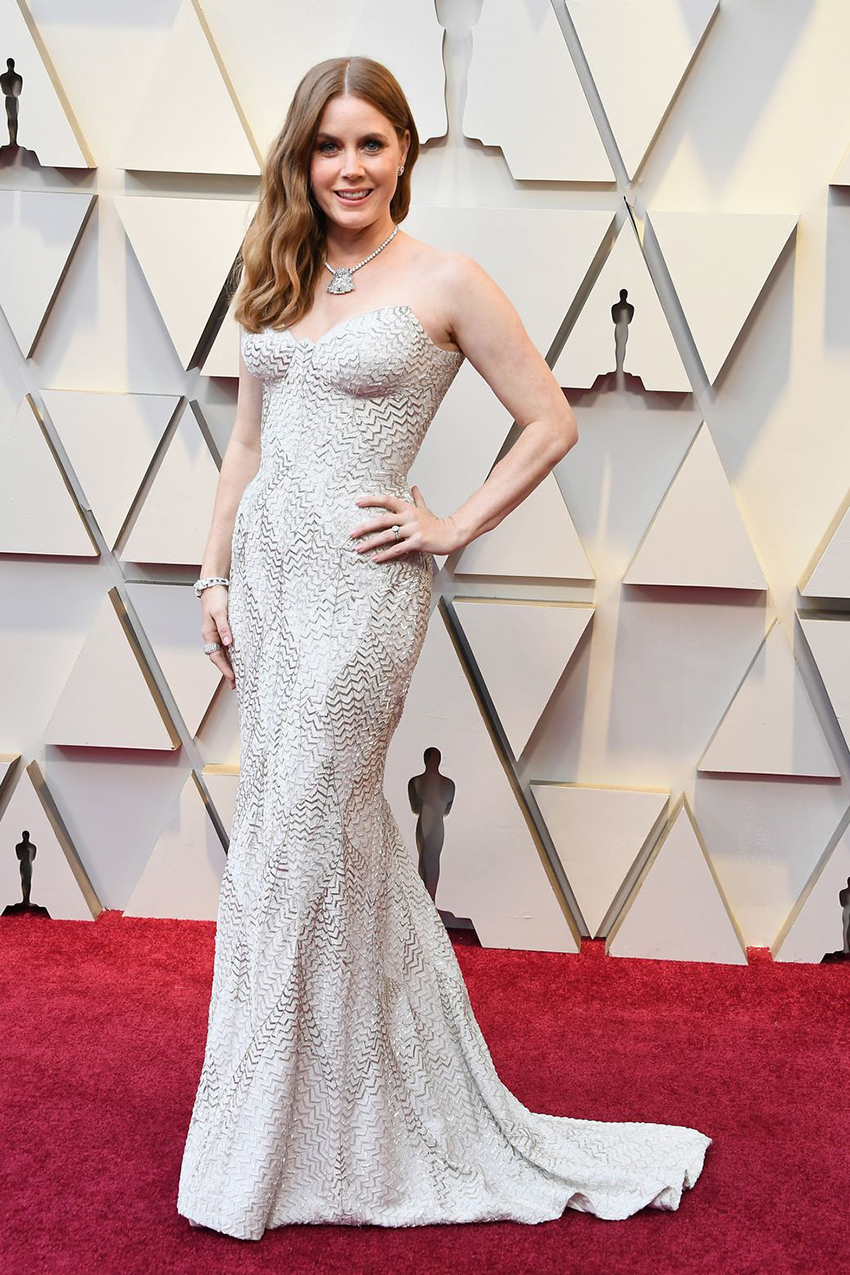 Amy Adams v Versace